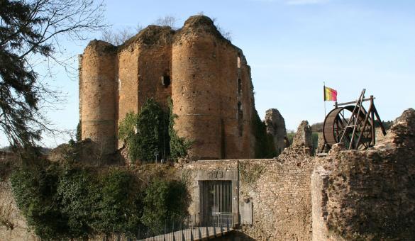 Best Hiking Trails in Wallonia, Belgium, Château de Franchimont, Theux, castle