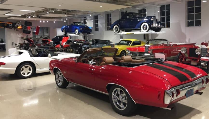 Cool things to do in Kenosha, Wisconsin, Quirky Cars at The Automobile Gallery