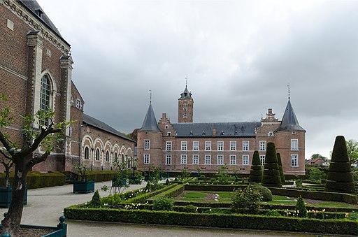 best castles in belgium, grounds of alden biesen castle
