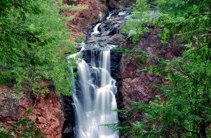 Best Waterfalls in Northern Wisconsin, Brownstone Falls, Mellen
