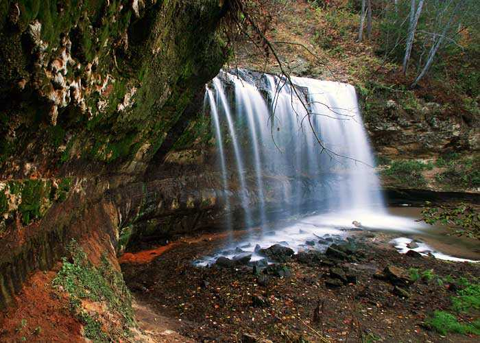 Best Natural and Attractive waterfalls in Northern Wisconsin, Cascade Falls, Osceola