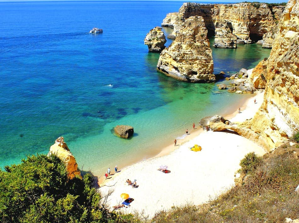 Best Beaches in Algarve, best view of Praia de Marinha, Lagoa