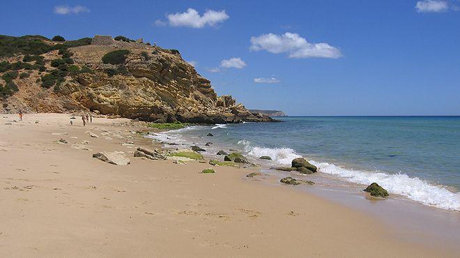 Best Beaches in Algarve, Praia de Vale Figueiras, Carrapateira