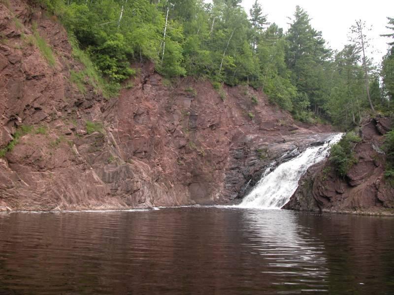 best waterfalls in Wisconsin, Superior Falls, Superior