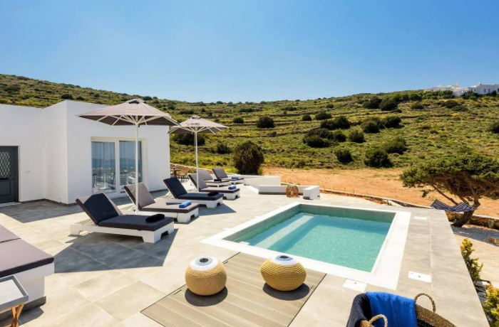 Beautiful holiday Villas in Naoussa, Paros, Pool side with villa view
