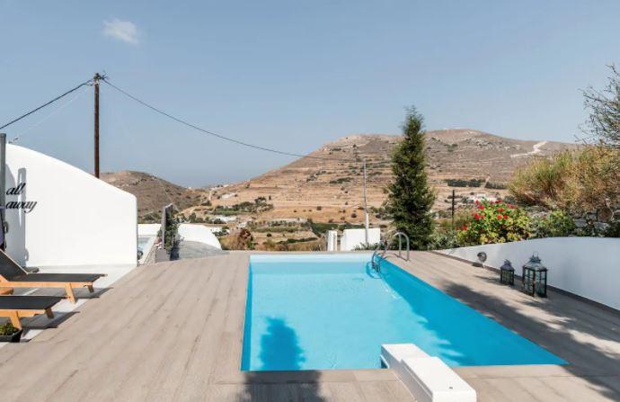 Best Luxury Holiday Villas in Paros, Paros Nereids Villa
