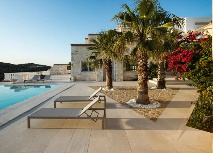 Best Villa Rentals in Paros with pool, Swimming pool view of Villa Aethra