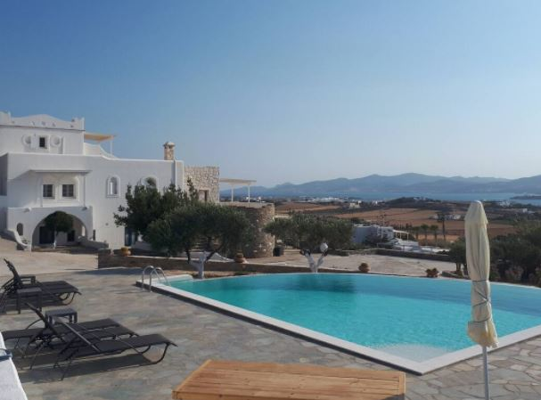 Amazing Villa Rentals in Paros, Greece, Photo of the villa Kassandra from the outside.
