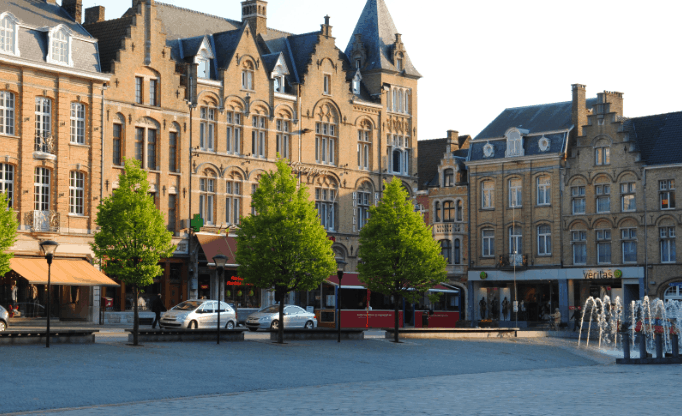 Beautiful Cities in Belgium, City view of Ypres/Ieper, day trip from brussels to ypres