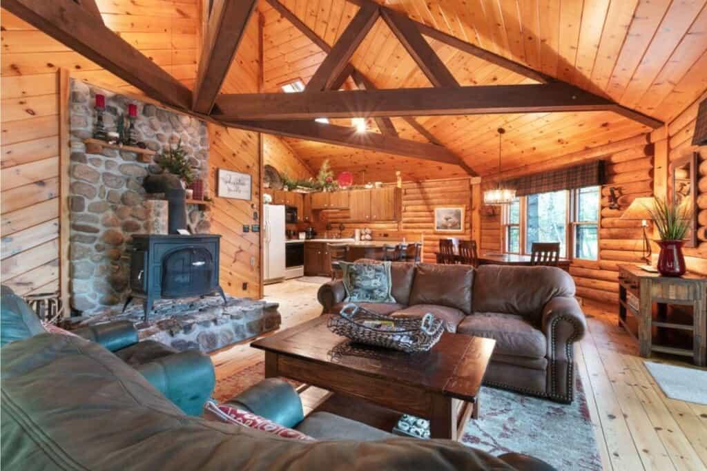 luxury cabin in wisconsin