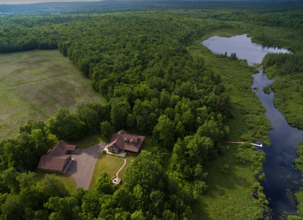 Luxury Cabins in Wisconsin, Top view of Premium Home with Private Lake – Bruce,WI