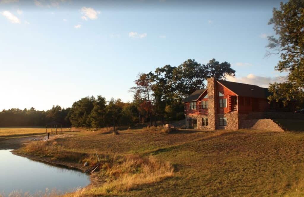 isolated pet friendly cabin in wisconsin dells