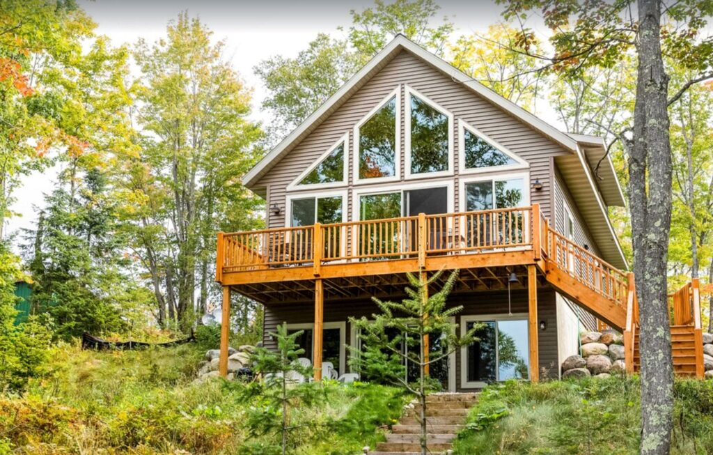 wood cabin in wisconsin pet friendly presque island