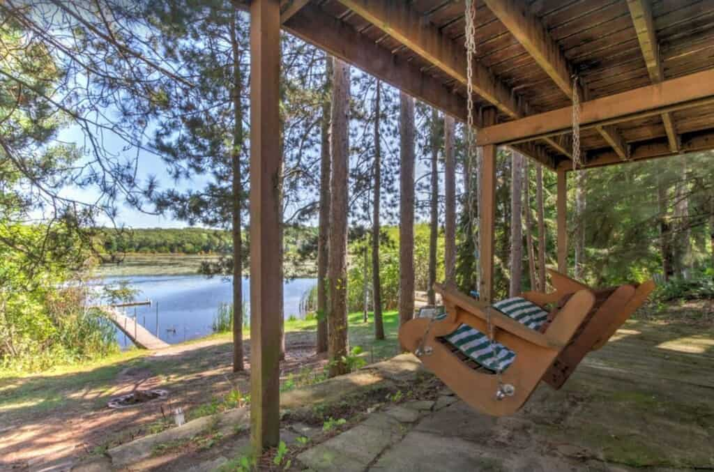 lakefront cabin in wisconsin dells pet friendly