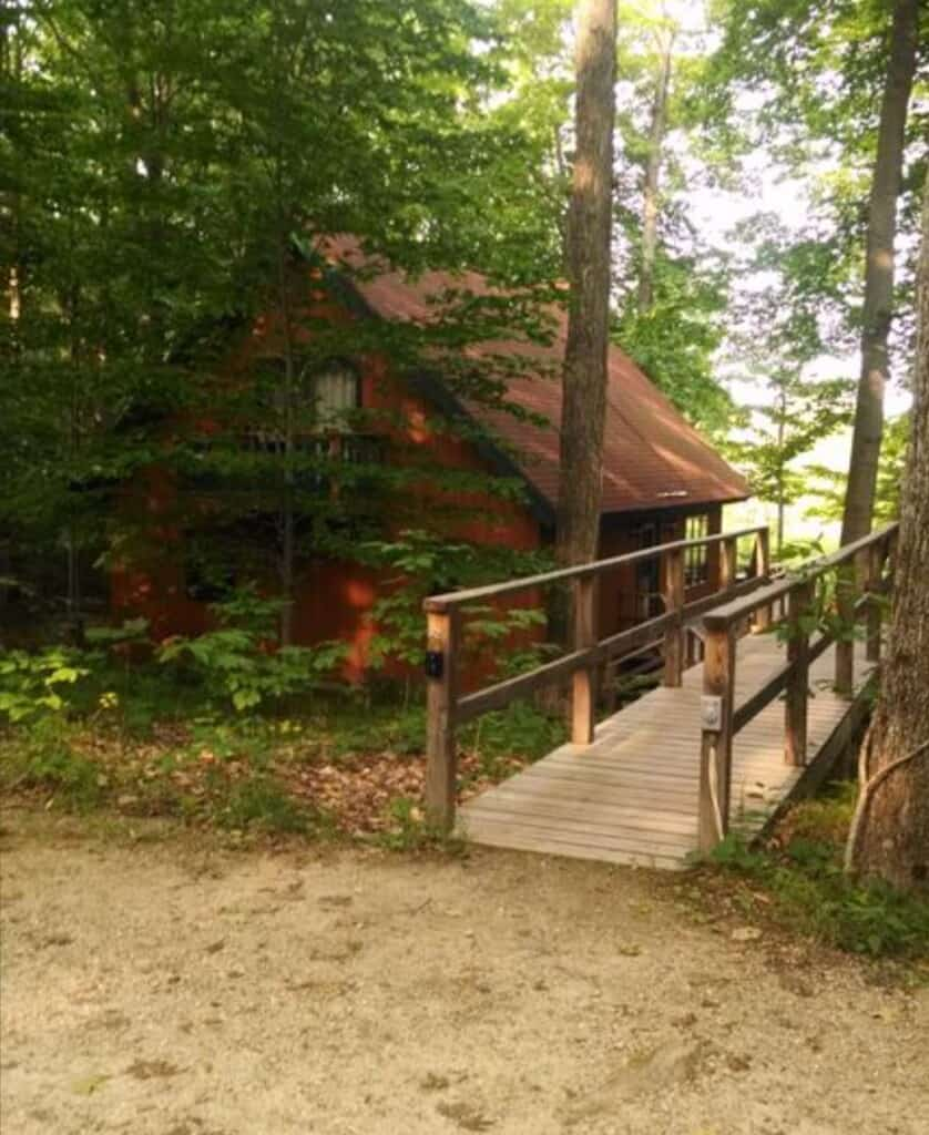 peace and tranquility cabin in wisconsin