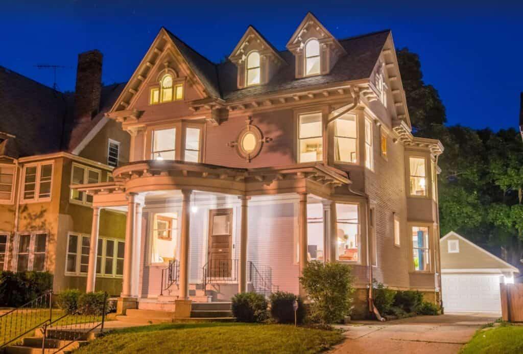 historic victorian house milwaukee
