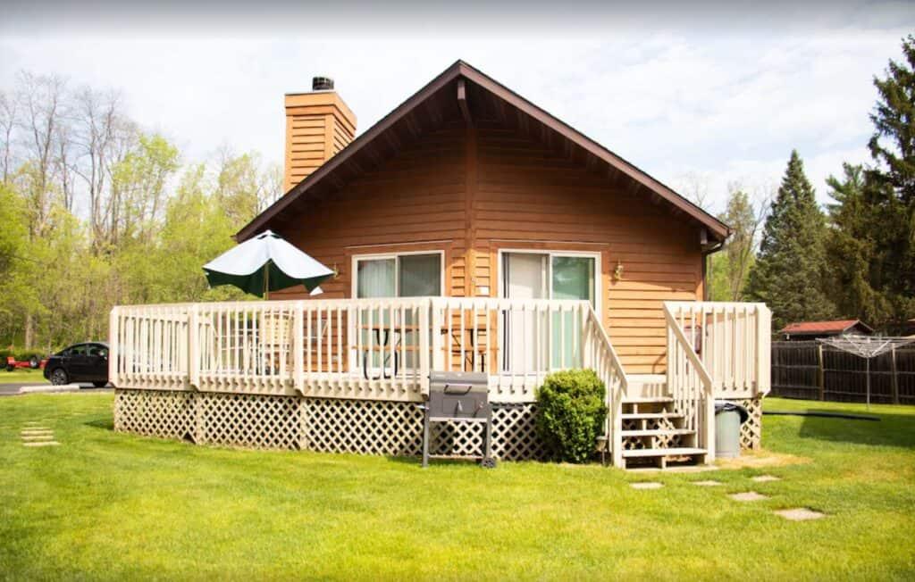 lakefront cabin wisconsin dells aribnb