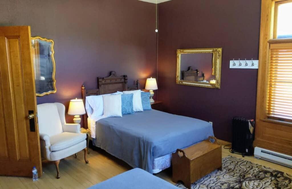 Meyer-Mansion-Loft-Apartment-1