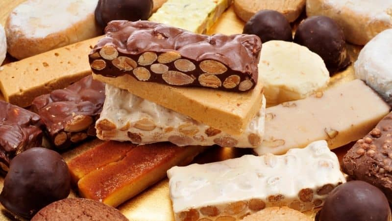 Spanish sweets at christmas, Polvorones and Mantecados