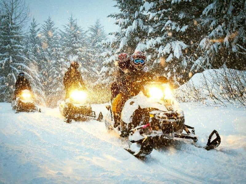 snowmobiling, snowmobiling in Eagle River
