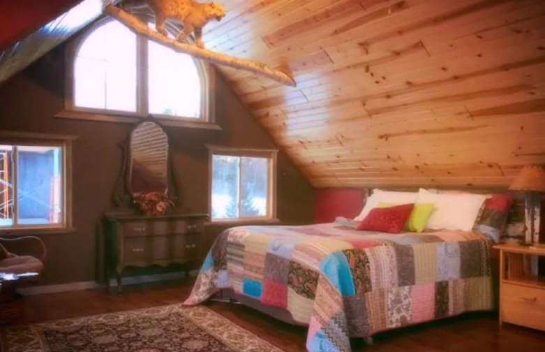Best Cheap Cabin with Hot Tub, bedroom view of Living Waters Cabin (Hixton)