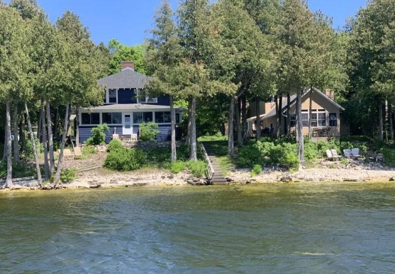 Best door county rental in sister bay, Lake front view of cabin