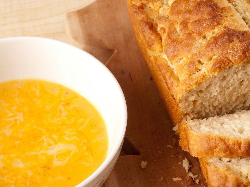 Bread and Beer Cheese Soup