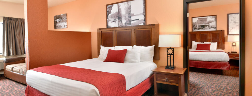 best family resorts in wisconsin dells, large suite with two bedrooms