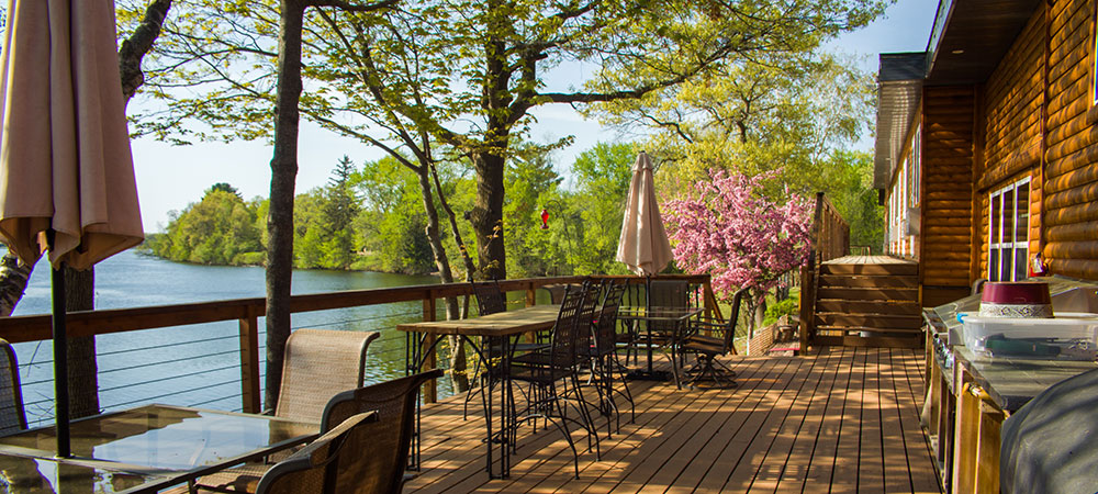 Best Lake Resorts in Wisconsin, view of lake from the deck at curriers lakeview lodge