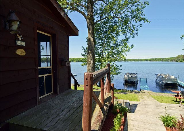 best lake resorts in Wisconsin, view of the lake from side of cabin at Grand Pines