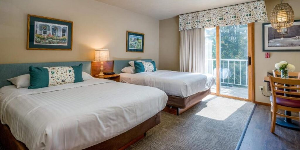 best hotels in Door County, room with two double beds and balcony