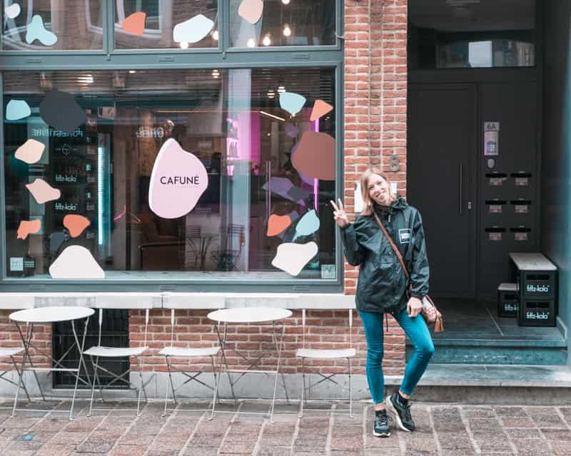 coffee shops in bruges belgium