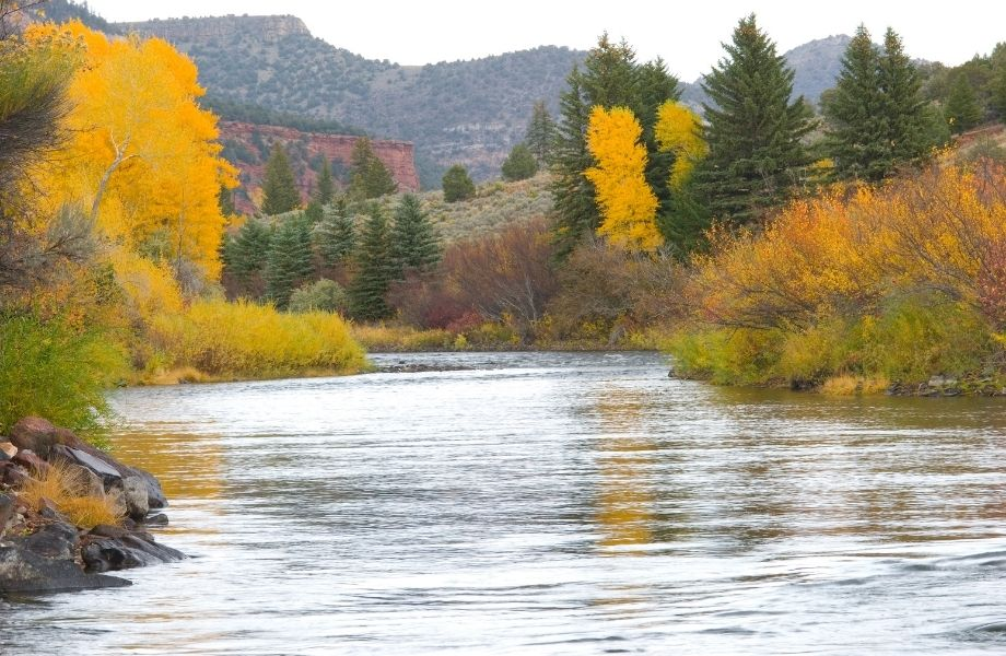 fall foliage Wisconsin, Eagle River in Fall