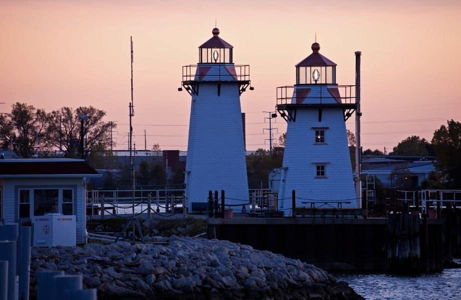 best door county lighthouses, Grassy Island Range Lights in Green Bay