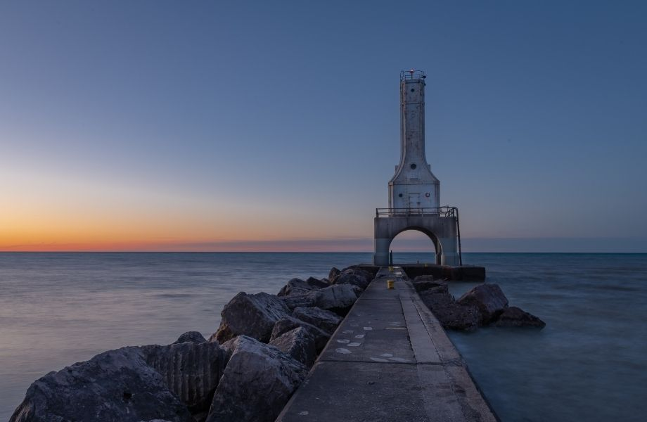 old lighthouses in Wisconsin, Port Washington Station at sunset