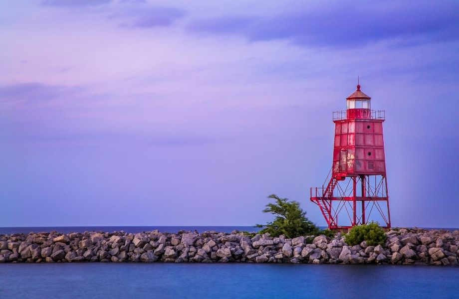 unusual lighthouses to visit in Wisconsin, Racine Lighthouse at sunset