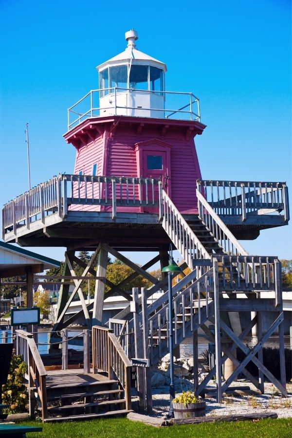 Unusual Lake Michigan Lighthouses, Two Rivers Northern Pier Lighthouse